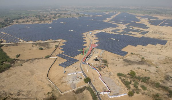 solar-power-plant-kalpi-3.jpg (600×350)